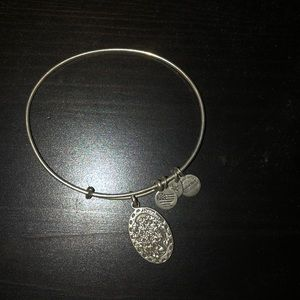 daughter alex and ani